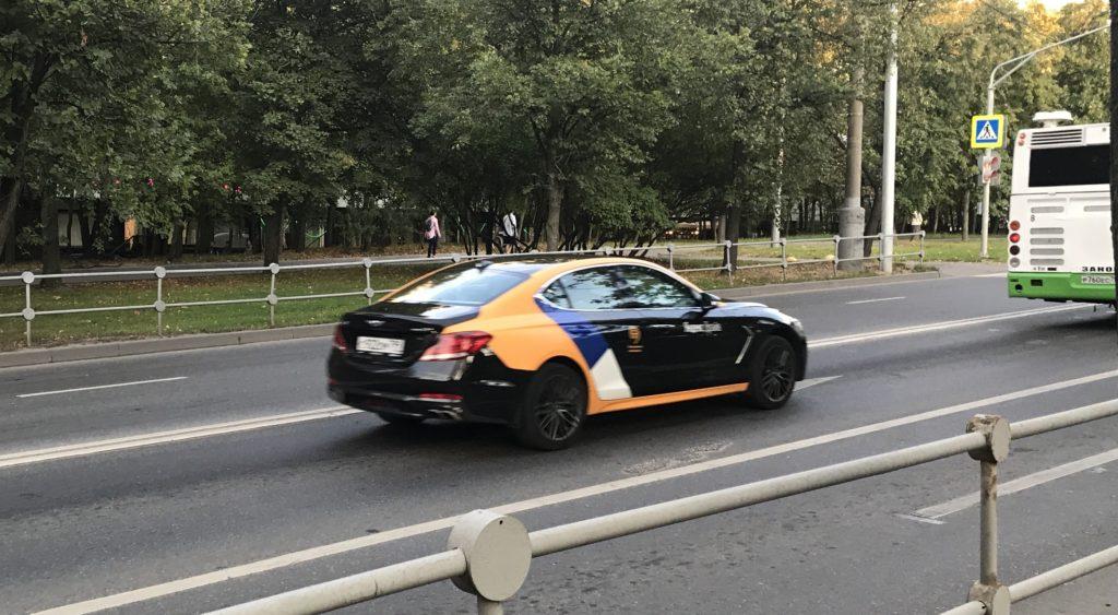 Genesis G70 в Яндекс Драйв это не Бентли