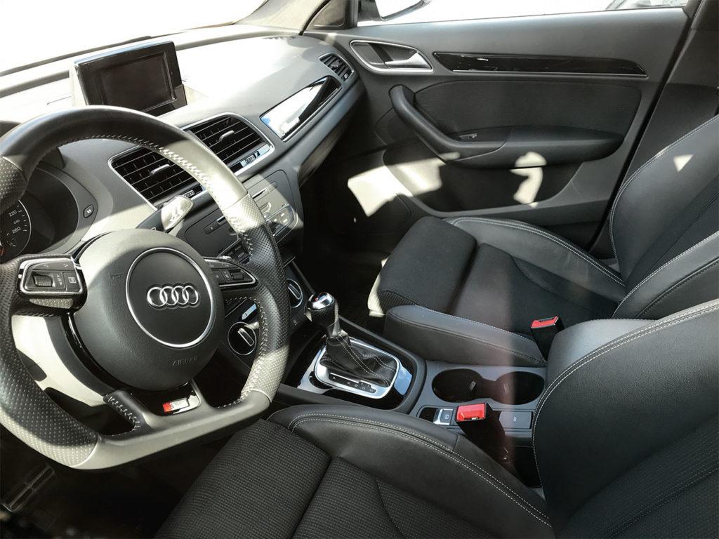 Интерьер автомобиля Audi A3 Quatro