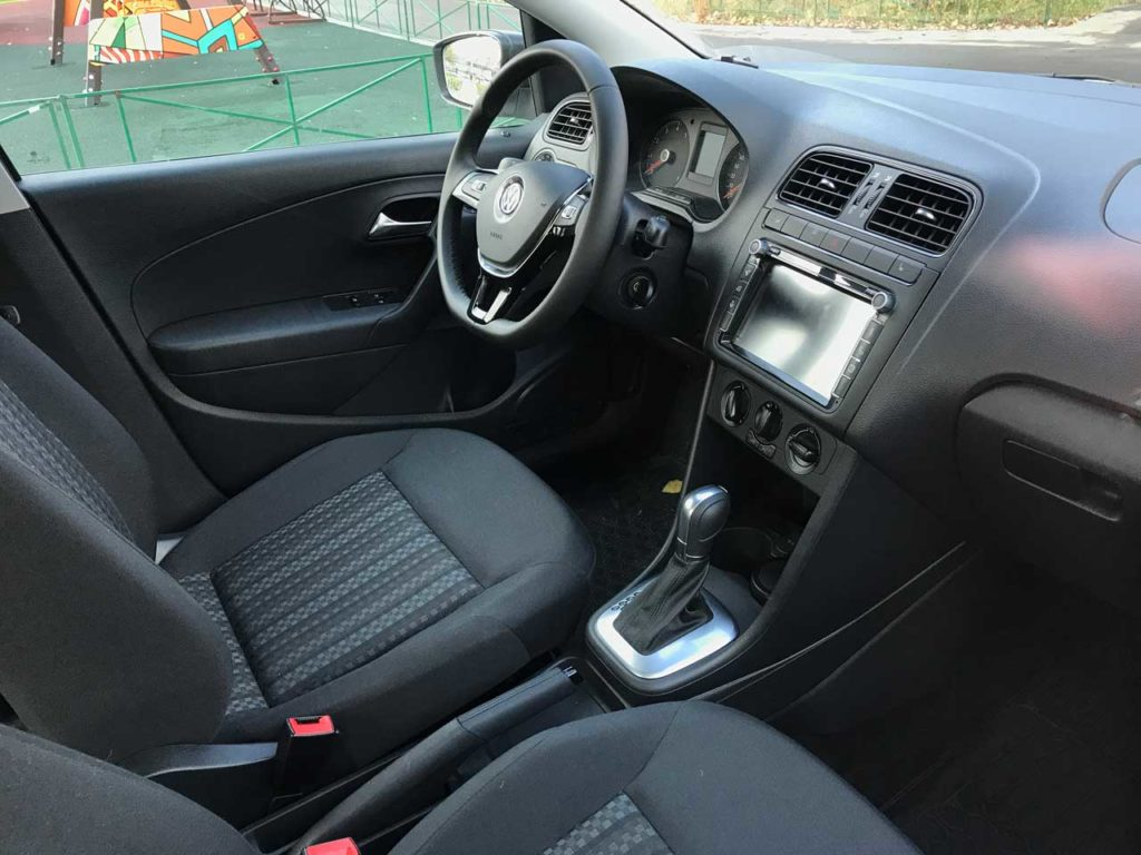 Интерьер Volkswagen Polo